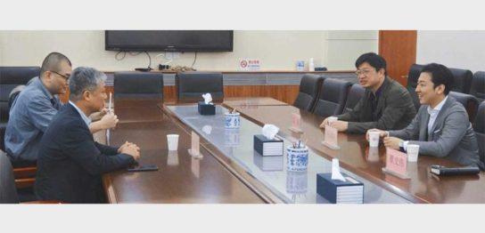 上海欢聚一堂文化传媒有限公司 副総経理 周氏、総経理 陳氏、ENJOY JAPAN 執行役員 中山隆央、ENJOY JAPAN 代表取締役 瞿史偉